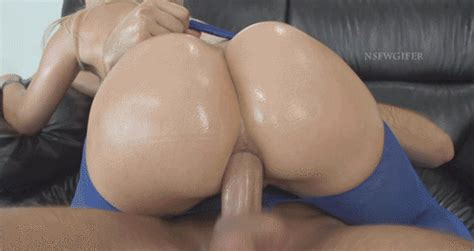 Amazing Big Booty Anal Reschi