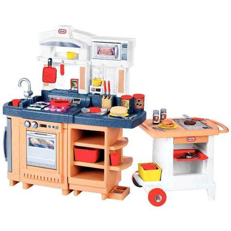 cuisine tikes maxi cuisine cook 39 n go 2 en 1 tikes meubles de