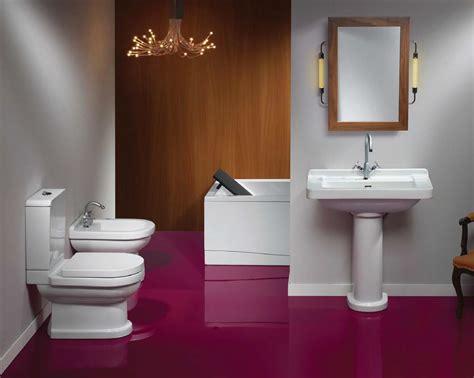 Maroon Beautiful Small Bathrooms-bathroomist