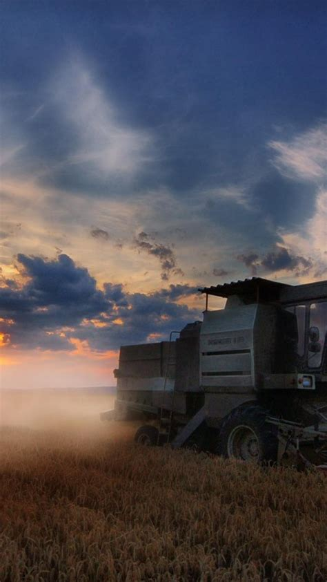 Featuring news & updates in the world of technology, covering smartphones. Nature fields harvest combine harvester Wallpaper | (9148)