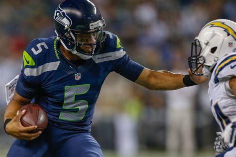quarterback  wide receiver seahawks daniels