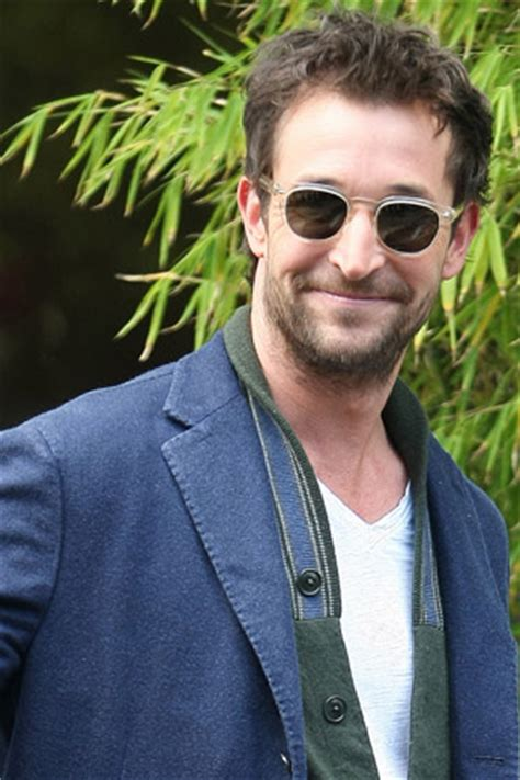 Noah Wyle gets arrested just like George Clooney