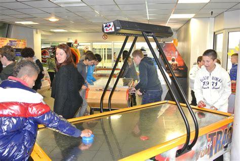 salle de jeux pour ado soir 233 e salle de jeux pour les ados bormes s 233 jour ski 2013