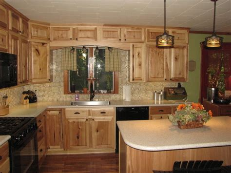 denver hickory kitchen cabinets denver hickory stock sweigart traditional kitchen 6537
