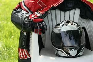 Blouson De Moto : blouson de moto bien choisir sa veste ~ Medecine-chirurgie-esthetiques.com Avis de Voitures