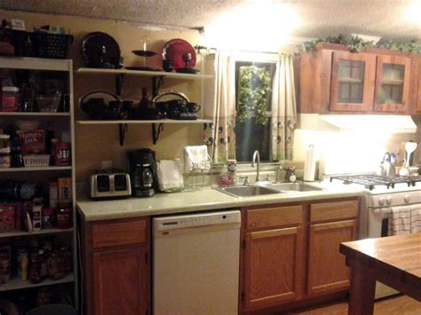 mobile home kitchen makeover 6 great mobile home kitchen makeovers 7553
