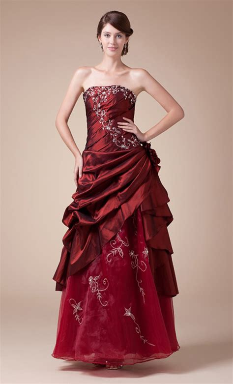 learn red wedding dresses meaning  ideas