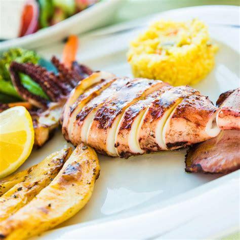 cuisine calamar calamars grillés facile recette sur cuisine actuelle