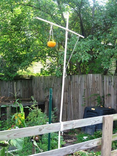 diy bird feeder pole pvc pipe diy bird feeder pole my green thumb
