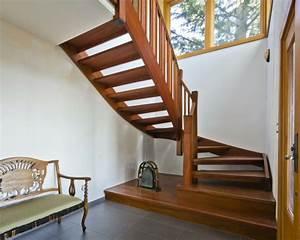 Fenster Für Treppenhaus : 1001 ideen f r treppenhaus dekorieren zum entnehmen ~ Michelbontemps.com Haus und Dekorationen
