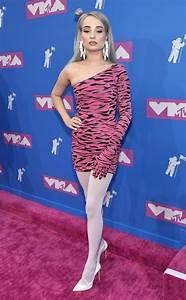 Kim Petras from MTV VMAs 2018: Risky Red Carpet Looks | E ...