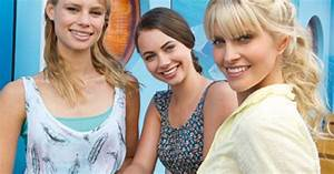 Mako Mermaids Cast Left Lyla Middle Nixie And Right