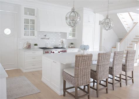 kitchens with hardwood floors and white cabinets beautiful homes of instagram home bunch interior design 770 | White Kitchen Design Inspiration. Perfect white kitchen with light white oak hardwood floors white cabinets white marble countertop. White kitchen. whitekitchen White Kitchen Design Inspiration
