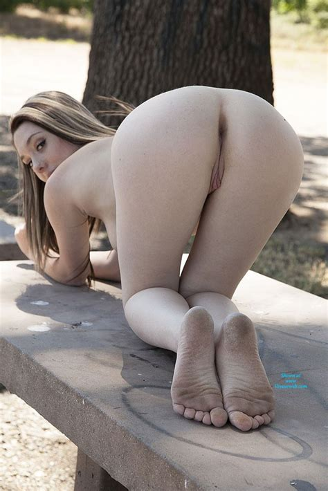 Sammi 18 Nude In Public September 2013 Voyeur Web