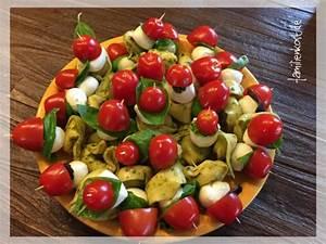 Kühlschrank Für Kalte Räume : fingerfood auf italienisch tortellini mit tomate mozzarella ~ Michelbontemps.com Haus und Dekorationen