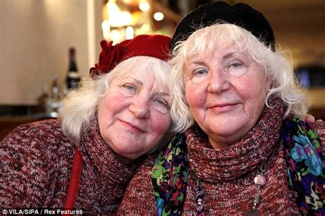 Louise And Martine Fokkens Twins Who Are Amsterdams