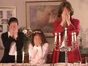 Weekly Calendar Online The Shabbat Candles Shabbat Video
