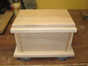 How to Make Your Own Cremation Urn » Urns Online