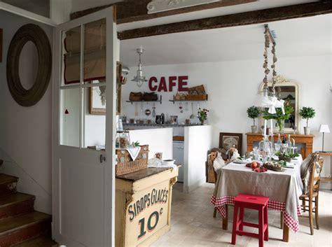 cuisine brocante décoration intérieure visitez cette maison remplie d