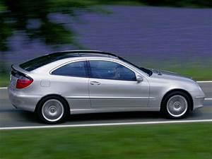 Mercedes Classe C 2002 : 2002 mercedes benz c class base c230 2dr coupe pictures ~ Gottalentnigeria.com Avis de Voitures