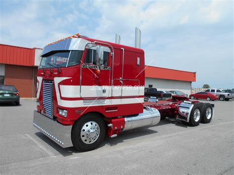100 Truck Paper Kenworth Which Is Better Peterbilt