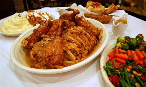 enjoy thanksgiving dinner  vegas las vegas blogs