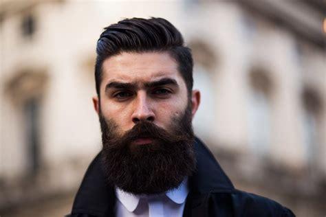 modern boxed beard styles  emphasize  face