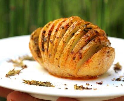 couteau cuisine hasselback potatoes pommes de terre rôties à la suédoise recette de hasselback potatoes