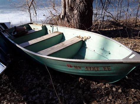 Crestliner Antique Boats by 14 Ft Amf Crestliner Aluminum Boat With Wood Bench Seats