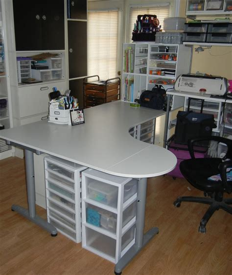 Fillable Craft Table L by Creative Craft Table With Storage And Room Organization