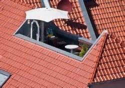 Dachterrasse Auf Flachdach Bauen : dieses bild zeigt eine dachterrasse auf einem walmdach dachausbau pinterest walmdach ~ Frokenaadalensverden.com Haus und Dekorationen