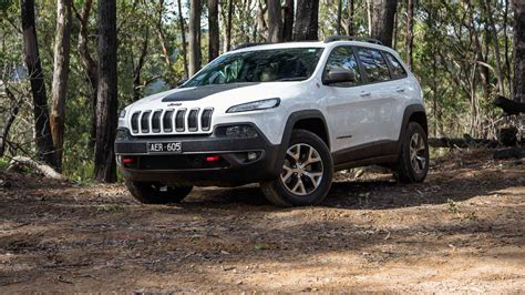 trailhawk jeep 2016 2016 jeep cherokee trailhawk review gearopen