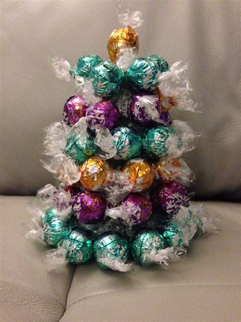 lindt chocolate christmas tree  crafts pinterest