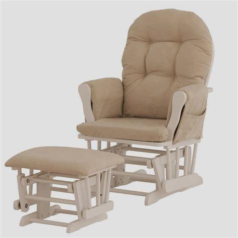chaise allaitement fauteuil à bascule pour allaitement chaise idées de