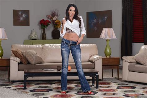Ariella Ferrera in sexy jeans and red heels stripping and posing - My Pornstar Book