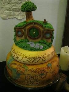 Herr Der Ringe Torte : all right while on the subject lord of the rings inspires cake makers like you wouldn 39 t ~ Frokenaadalensverden.com Haus und Dekorationen