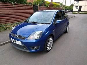 Ford Fiesta Mk6 : ford fiesta st 2 0 mk6 performance blue in atherstone ~ Dallasstarsshop.com Idées de Décoration