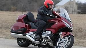 Moto Honda Automatique : l auto et la moto la premi re goldwing automatique ~ Medecine-chirurgie-esthetiques.com Avis de Voitures