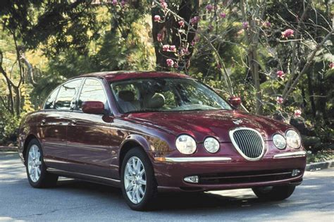 2000-02 Jaguar S-type