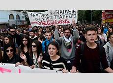 Greek students rage against educational reforms VIDEO