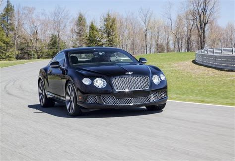 Bentley-continental_gt_w12_le_mans_edition_2014_800x600