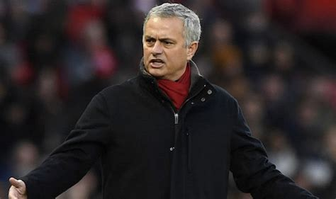 Jose Mourinho Cost Man Utd Title Chance With Huge Decision