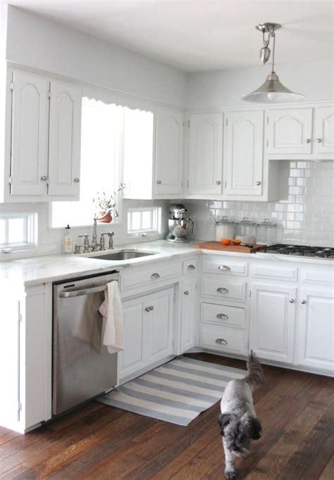beautiful farmhouse kitchens