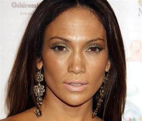 Bad-makeup-celebrities-01.jpg (500×428)