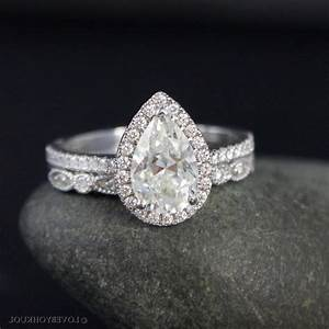 pear cut engagement rings caymancode With pear diamond wedding ring