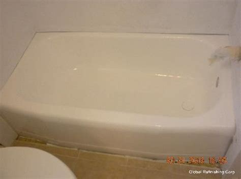 bathtub reglazing pros and cons bathtub liners pro s and con s