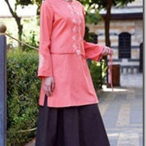 model baju  rok muslim  keren  memakai jilbab