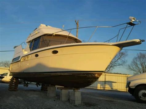 Salvage Boats For Sale by Salvage Carv Marine Lot Boats For Sale And Auction