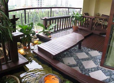 rumah minimalis modern lantai teras kolam