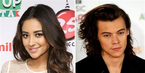 Is Shay Mitchell Totally Stealing Harry Styles' Signature ...